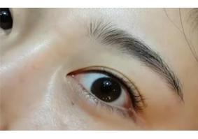 半永久纹眼线客户视频(1)